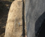 הארון מחובר למבנה האדמה