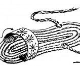 חוטי קשירה מצמר או פלסטיק, ורצועת יוטה להחזיק את הסנדל באזור האצבעות