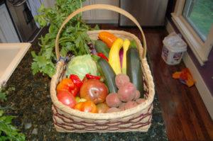סל ירקות ופירות, מהחקלאי שלכם, באהבה