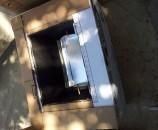 הדבקת קרטון שכבה אחרי שכבה ליצירת המסילה לזכוכית - שלב 2