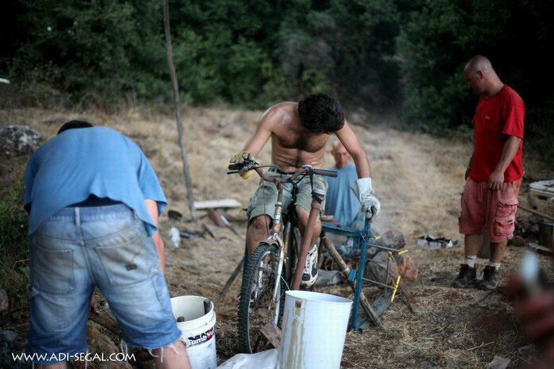 מפוח מאופניים ומאוורר סגור (מה שרואים בסרטון)