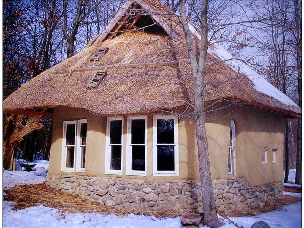 באלות קש : בתים טבעיים, פרויקטים ועיצוב מאת אתנה וביל שטיין , ויין בינגהם