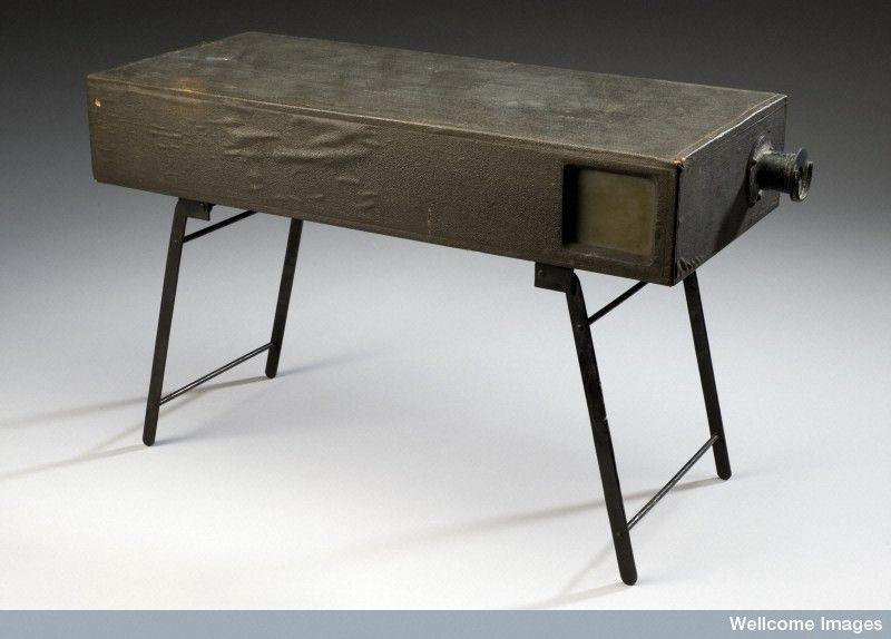 שולחן קפה מארגז תחמושת- כשאני רואה את שולחן זה אני יכול לחשוב רק על קפה שחור של מילואים
