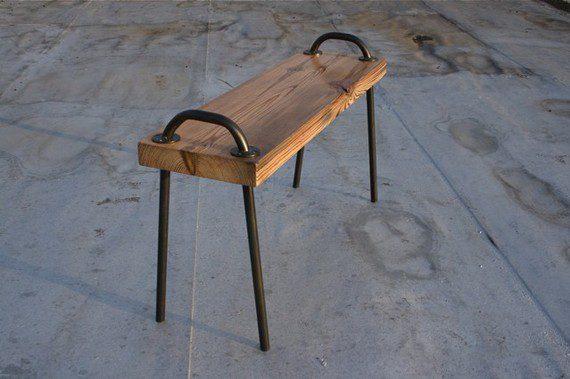 """רגלים של כסאות בי""""ס עם מושב"""