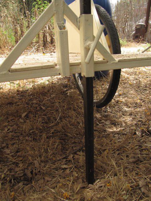 רגלית זקי שלמצל פרופיל בתוך פרופיל עם ברז הידוק