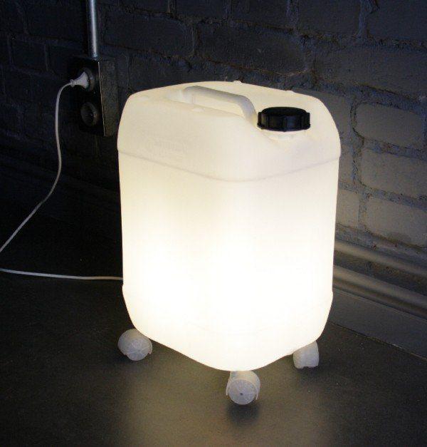 מנורת אווירה מג'ריקן לבן של 18 ליטר