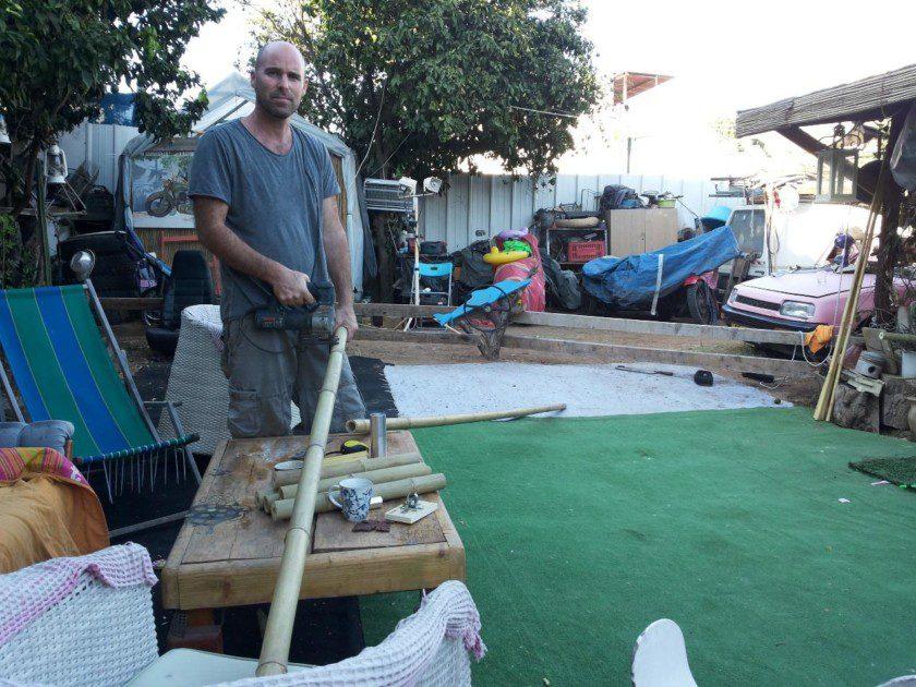 חיתוך והכנת הבמבוק