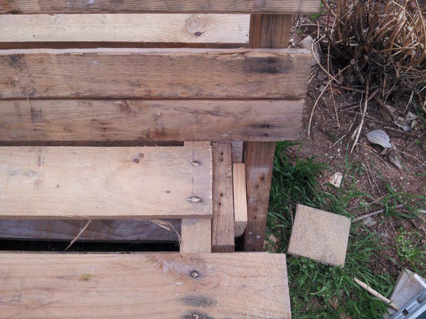 פיסות עץ למילוי הרווח