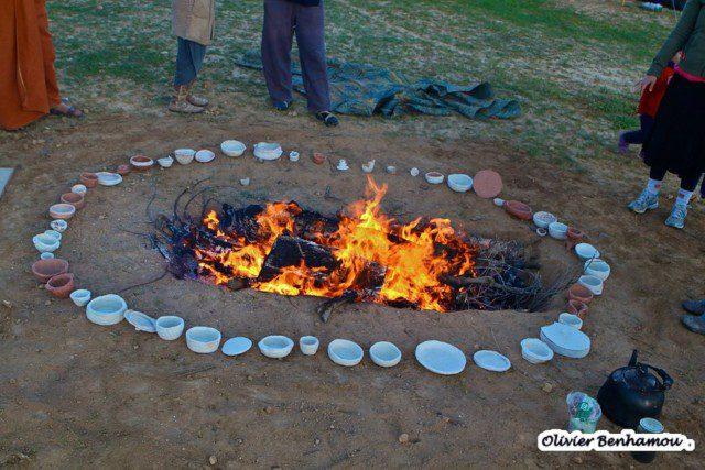 שריפת חימר במדורה