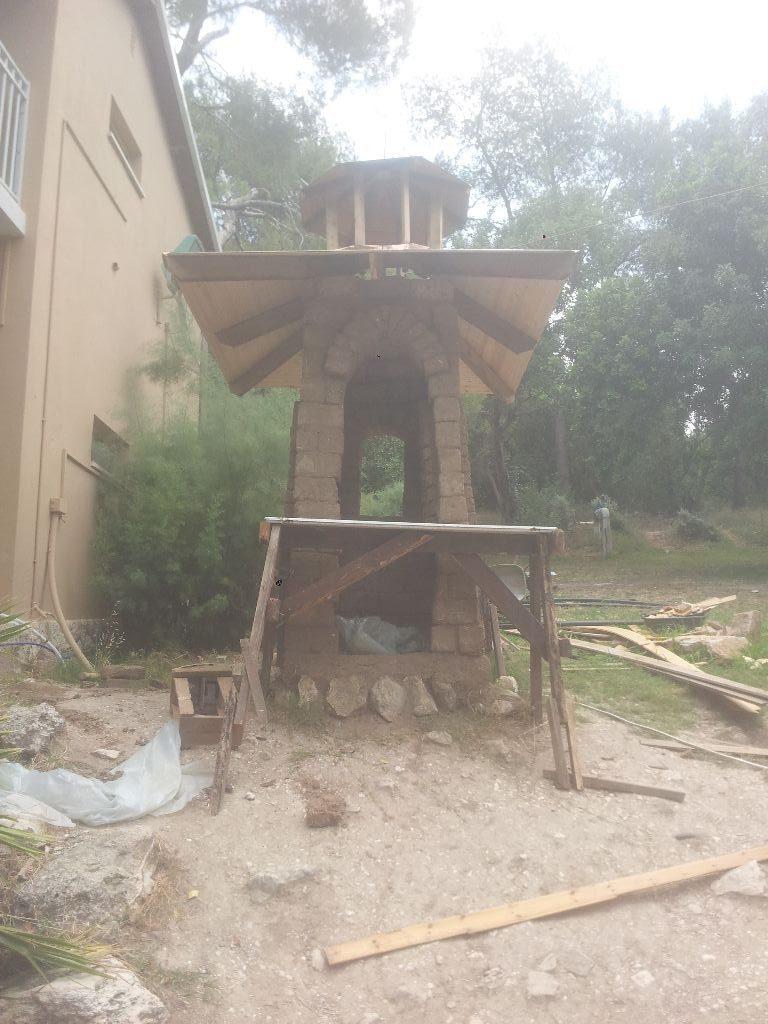 המגדל עם הפיגום, עדיין לא ישר