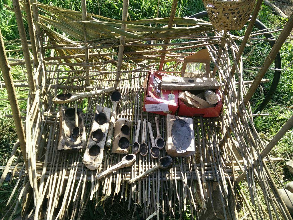 מתקן לייבוש כלים מענפים שזורים