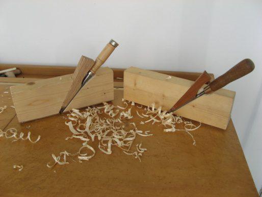 Rebate Plane - כלי ידני ליצירת מגרעות בשולי לוחות עץ