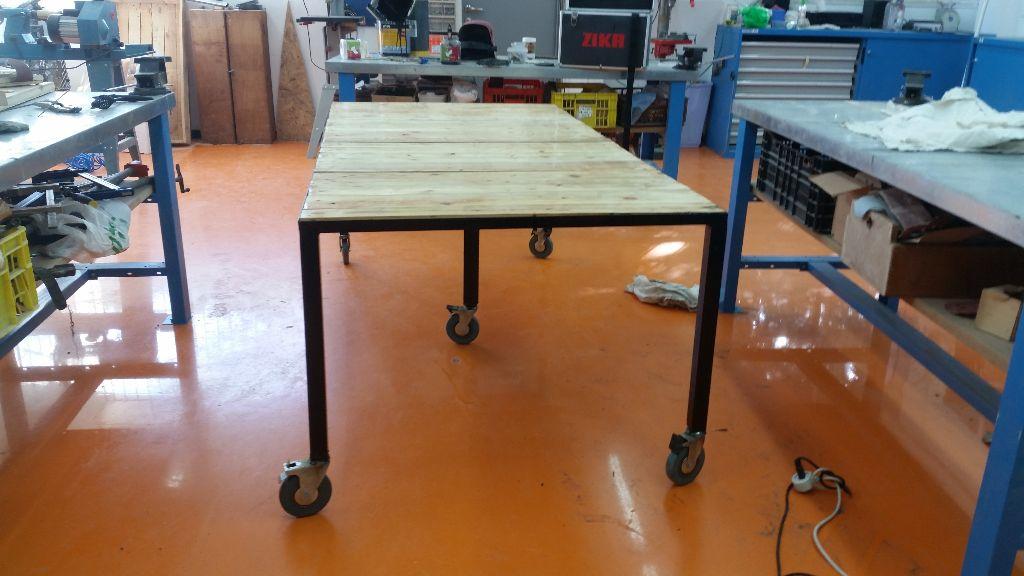 השולחן עם גלגלים!