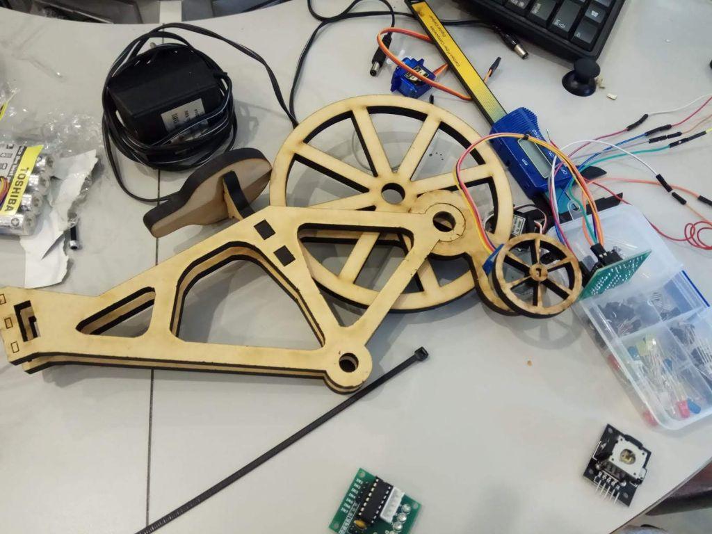 גלגלי עזר חשמליים