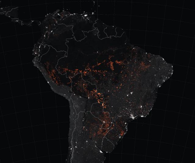 מפה של השריפות המתחוללות ביבשת אמריקה הדרומית.