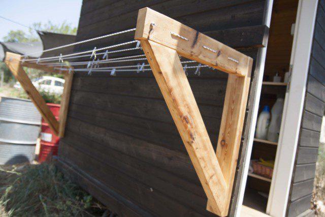 מתקן כביסה מעץ